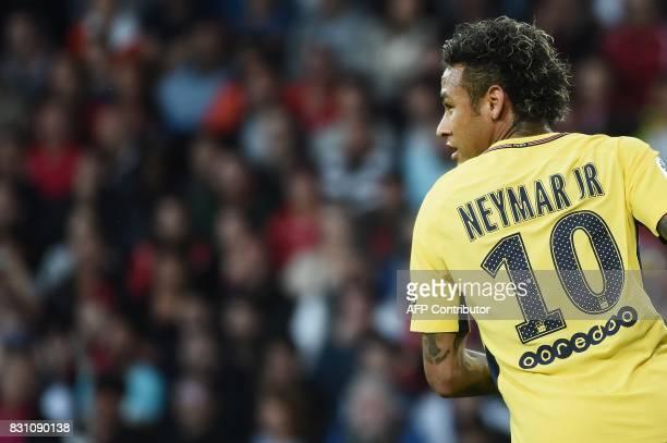 TOPSHOT Paris SaintGermain's Brazilian forward Neymar runs during the French L1 football match Paris SaintGermain vs En Avant Guingamp at the...