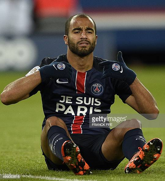 Paris Saint-Germain's Brazilian Midfielder Lucas Moura