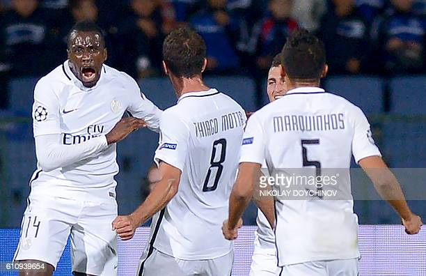 Paris SaintGermain's French midfielder Blaise Matuidi celebrates with teammates after scoring during the UEFA Champions League Group A football match...