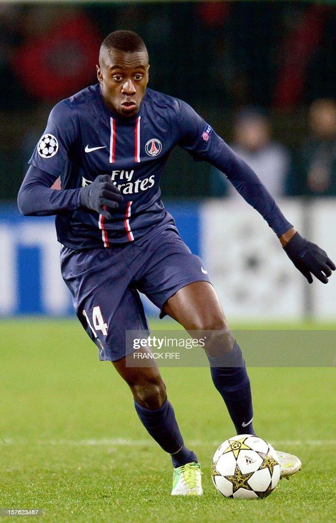 Paris Saint-Germain's French midfielder Blaise Matuidi controls the ball during the UEFA Champions League Group A football match Paris Saint-Germain vs Porto on December 4, 2012 at the Parc des Princes stadium in Paris. Paris won 2-1.