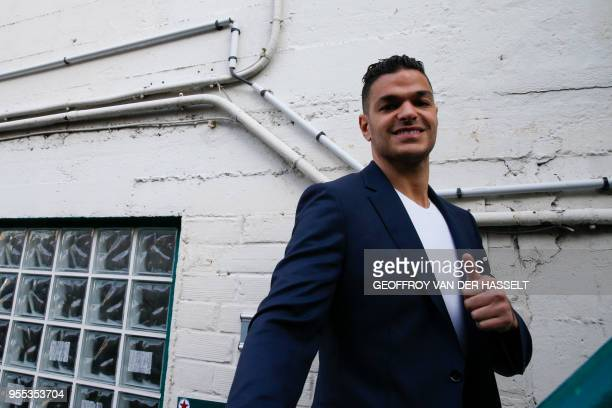 Paris SaintGermain's French midfielder Hatem Ben Arfa gestures during the Federal League football match Red Star vs Lyon Duchere on May 4 2018 in...