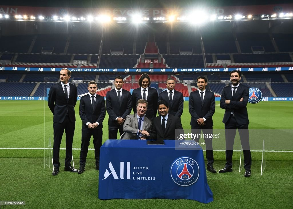 ¿Cuánto mide Edinson Cavani? - Altura - Real height Paris-saintgermains-german-headcoach-thomas-tuchel-parissaintgermains-picture-id1126758546