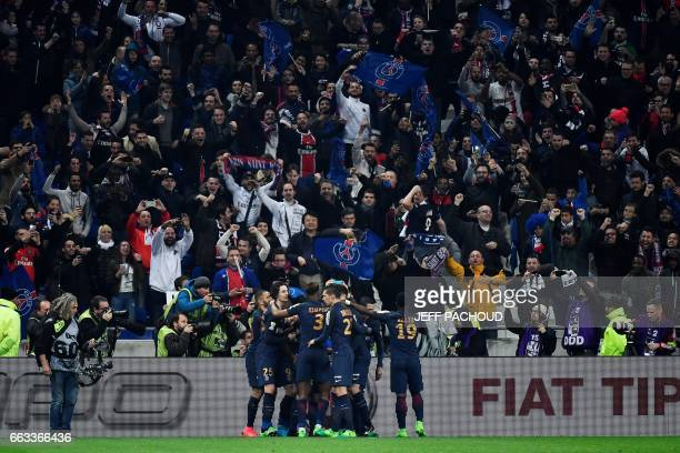 Paris SaintGermain's players celebrates after their Uruguayan forward Edinson Cavani scored a goal during the French League Cup final football match...