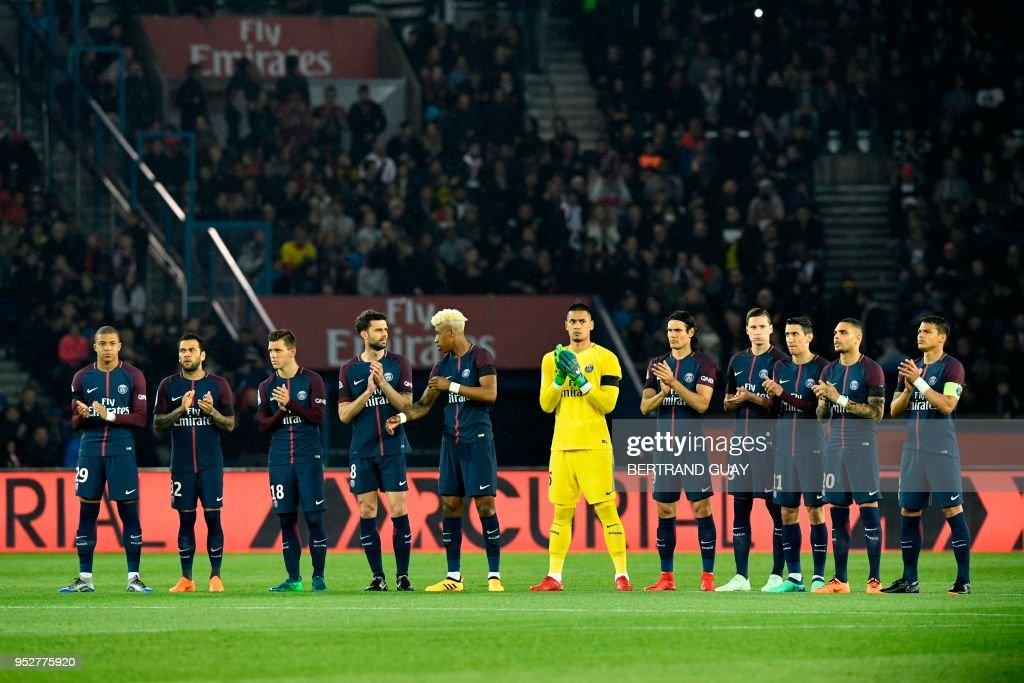Paris Saint-Germains' players look on prior to the French L1 football match Paris Saint-Germain (PSG) versus Guingamp on April 29, 2018 at the Parc des Princes Stadium in Paris.