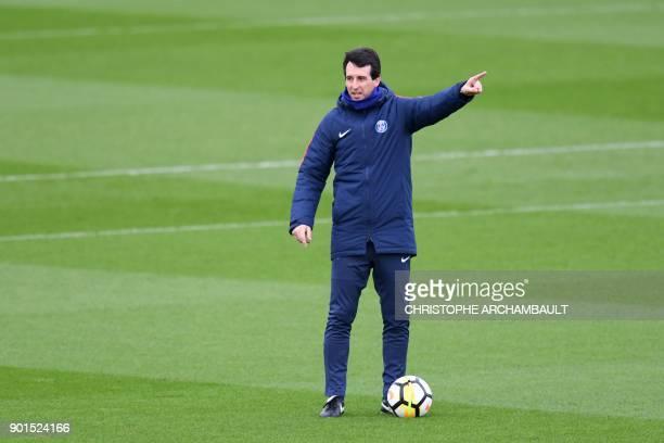 Paris SaintGermain's Spanish head coach Unai Emery gestures during a training session of French L1 football club Paris SaintGermain in...