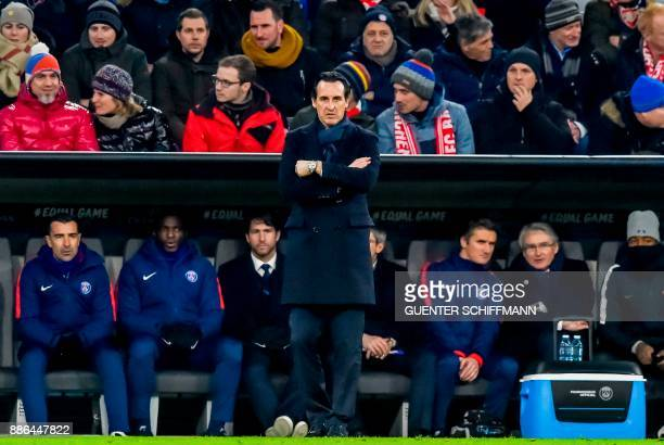 Paris SaintGermain's Spanish head coach Unai Emery looks on during the UEFA Champions League football match between Paris SaintGermain and Bayern...