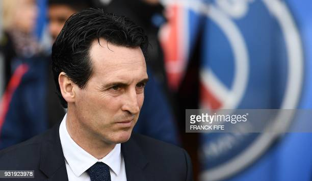 Paris SaintGermain's Spanish headcoach Unai Emery looks on during the French Ligue 1 football match between Paris SaintGermain and Angers at the Parc...