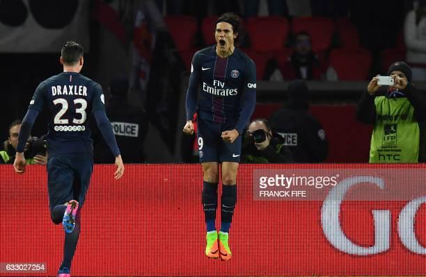 TOPSHOT Paris SaintGermain's Uruguayan forward Edinson Cavani celebrates after scroing a goal during the French L1 football match between Paris...