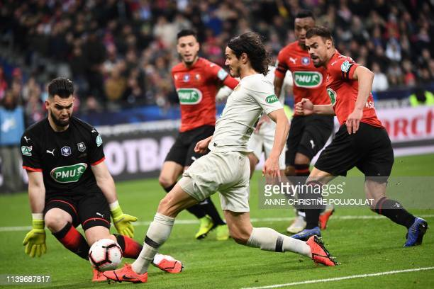 Paris Saint-Germain's Uruguayan forward Edinson Cavani fights for the ball during the French Cup final football match between Rennes and Paris...