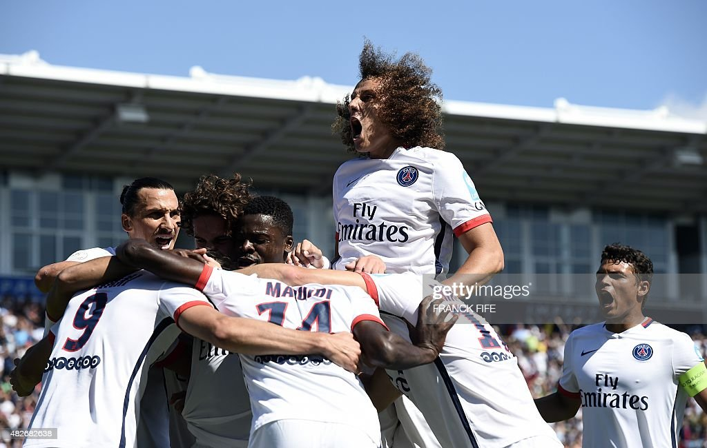 FBL-FRA-SUPERCUP-PSG-LYON : News Photo