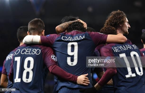 Paris SaintGermain's Uruguayan striker Edinson Cavani celebrates with teammates Paris SaintGermain's Argentinian midfielder Giovani Lo Celso Paris...