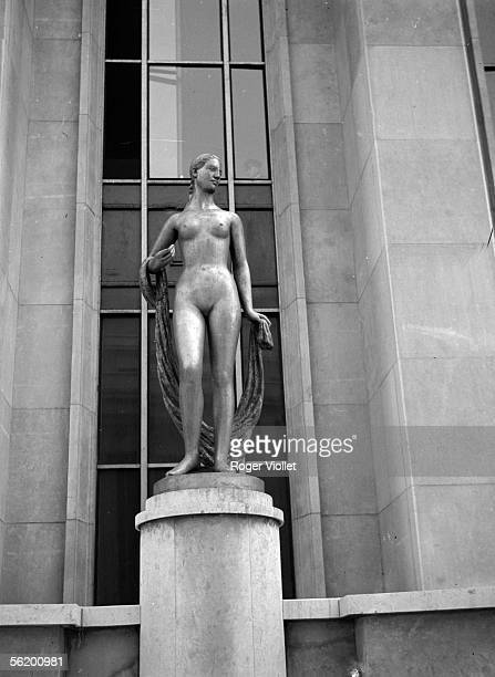 Paris Sculpture on the esplanade of the palace of Chaillot 1939