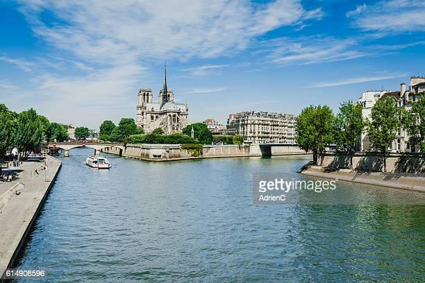 paris skyline - fluss seine stock-fotos und bilder
