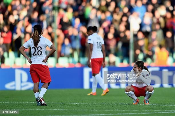 Paris St Germain players look dejected after the UEFA Women's Champions League Final between 1 FFC Frankfurt and Paris St Germain at...