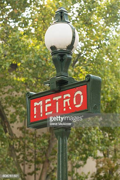 paris subway metro sign - paris metro sign stock pictures, royalty-free photos & images
