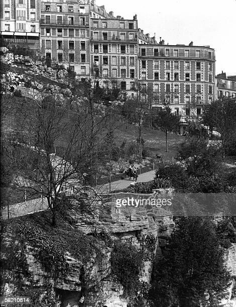 Paris The ButtesChaumont park about 1910