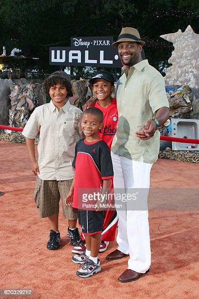 Paris Underwood Brielle Underwood Blake Underwood and Blair Underwood attend Wall E World Premiere at Griffith Park on June 21 2008 in LOS ANGELES CA
