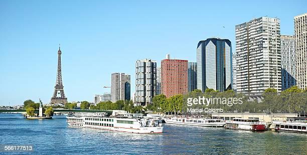 paris view - paquebot france photos et images de collection