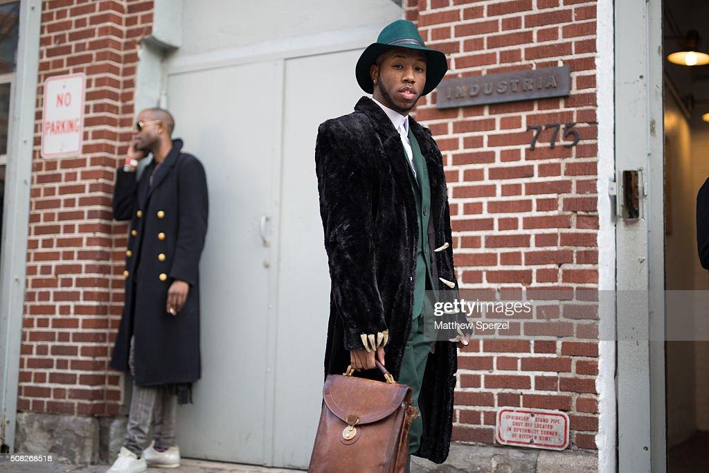 Street Style - Day 1 - New York Fashion Week: Men's Fall/Winter 2016 : News Photo