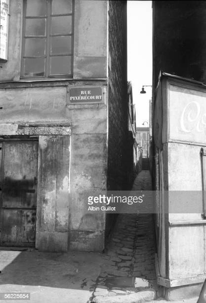 Paris XIXth district The passage de la Duee about 1930