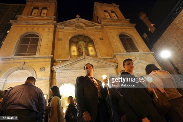Parishioners attend a mass at Annunciation Cathedral on April 22, 2006 in downtown Chicago for the Greek Orthodox Easter Sunday service.
