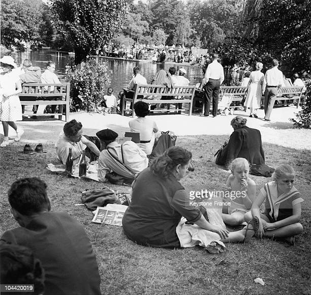 Parisians Swimming And PickNicking On The Lawn At The Children'S Park And Zoo Of The Bois De Boulogne On July 7 1957