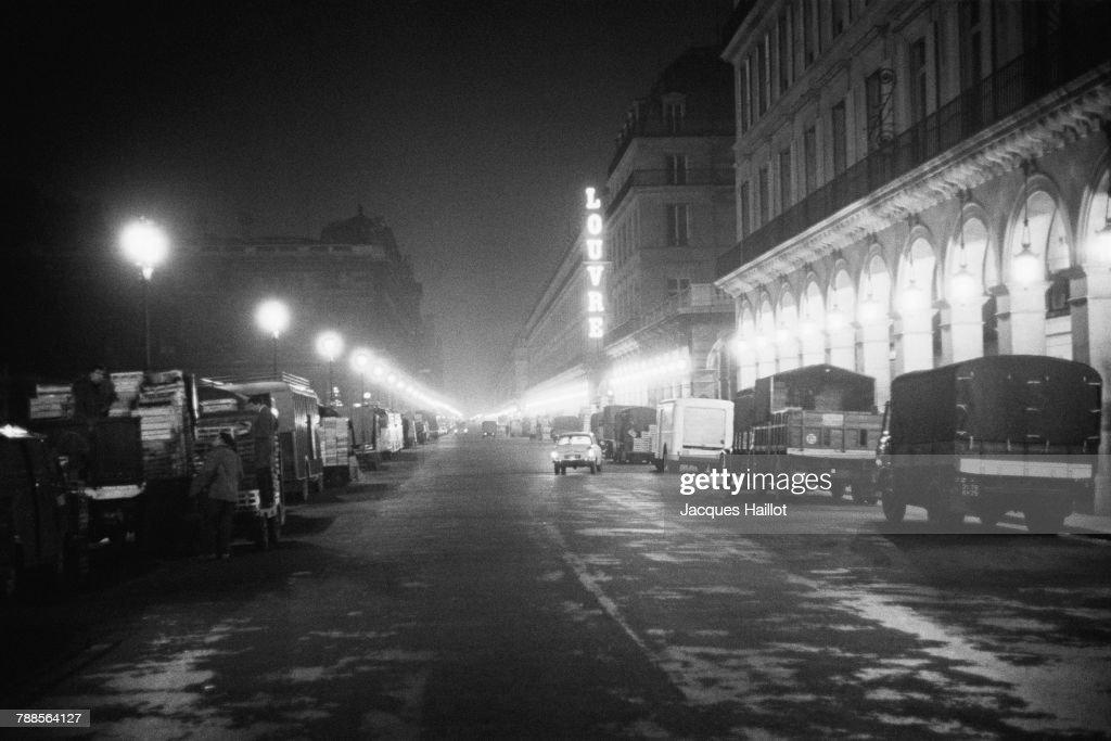 Les Halles of Paris by Night : News Photo