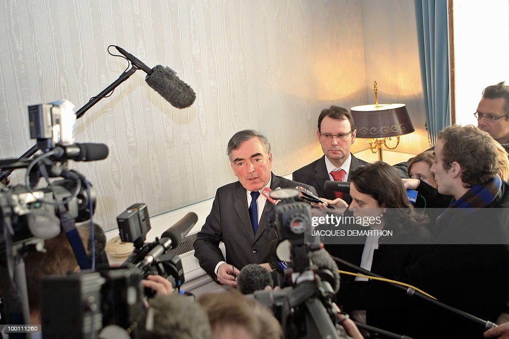 Paris's prosecutor Jean-Claude Marin (C) speaks during a press conference next to Patrick Hefner (R), Deputy Director of the finance department of the French judiciary police, 28 January 2008 at Paris courthouse, after a Societe Generale statement yesterday outlined the bank's allegations against accused trader Jerome Kerviel, detailing 'the method behind the fraud' that it said cost them 4.9 billion euros. While Kerviel's lawyer has denied personal wrong-doing, the bank's statement accused the trader of slaloming his way through controls he knew inside-out from a previous role processing futures buying and selling. French trader Jerome Kerviel started taking 'unauthorised positions' in futures trading for Societe Generale bank more than two years ago, in late 2005, the prosecutor said.