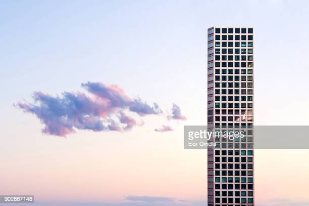 432 park avenue building new york manhattan - avenue stock pictures, royalty-free photos & images