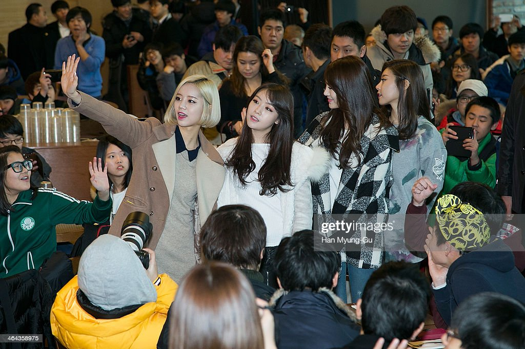 Girl's Day Launch Party For Fans In Seoul