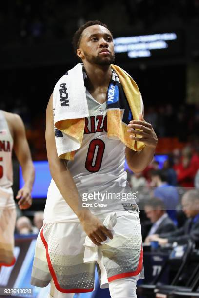 Parker JacksonCartwright of the Arizona Wildcats leaves the court after being defeated by the Buffalo Bulls 8968 during the first round of the 2018...