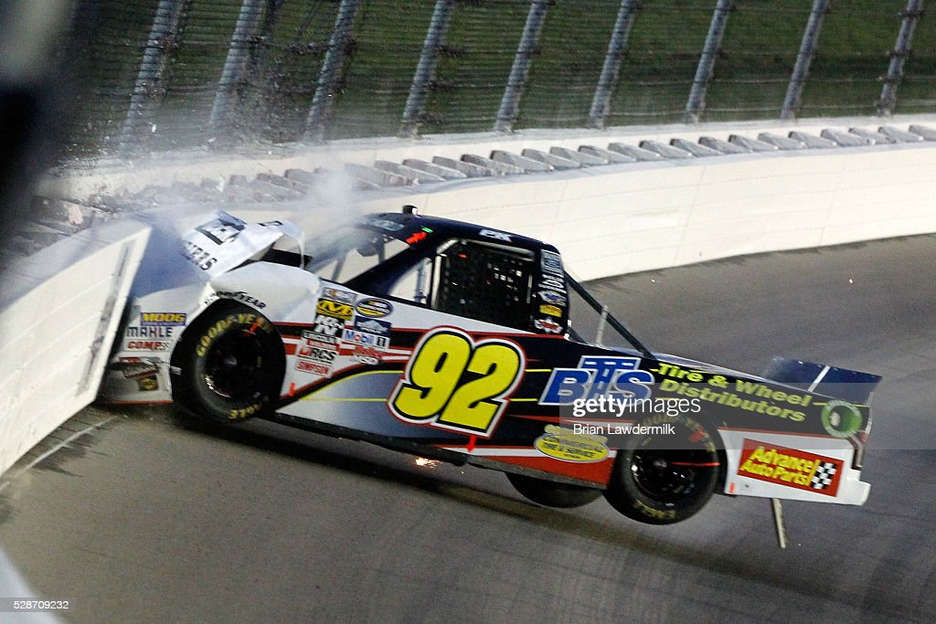 Nascar Camping World Truck Series Toyota Tundra 250 Photos And