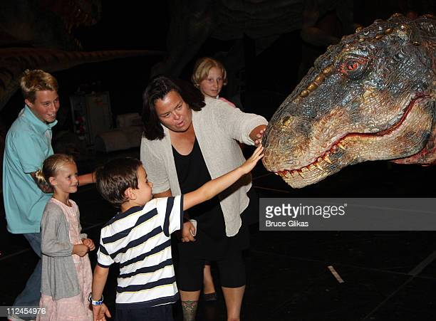 COVERAGE* Parker O'Donnell Vivian O'Donnell Zachary Cohn son of Elizabeth Vargas Rosie O'Donnell and Chelsea O'Donnell meet backstage wth 'The Baby...