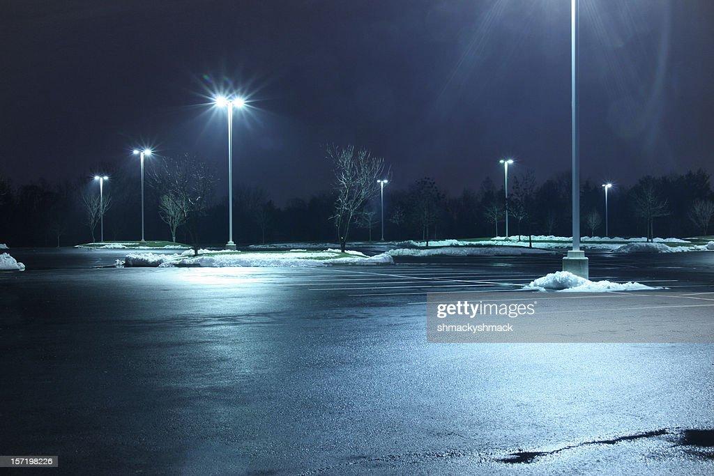 駐車場の夜 : ストックフォト