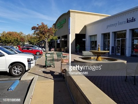 Parking Lot Of Pottery Barn Kids Stock Photo Getty Images