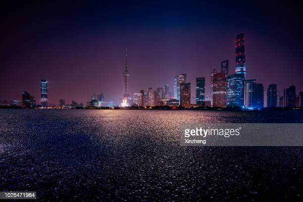 parking lot, the bund, shanghai, china - night stock pictures, royalty-free photos & images