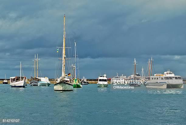 parking of boats. - crmacedonio stock-fotos und bilder