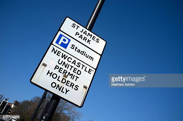 60 Top Uk No Parking Sign Pictures, Photos and Images