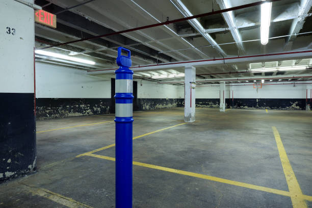 """DC: Parking Garage Space Where Bob Woodward Would Meet Mark """"Deep Throat"""" Felt Serves As DC Tourist Attraction"""