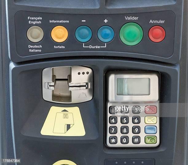 Parking ticket machine in der Stadt Straßburg, Frankreich