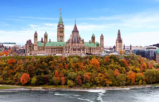 Parliament Hill in Fall, Ottawa, Ontario, Canada - gettyimageskorea