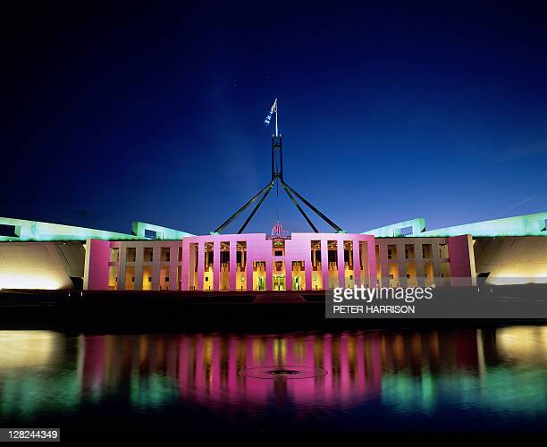 parliament house at night, act, australia - australian politics stock pictures, royalty-free photos & images