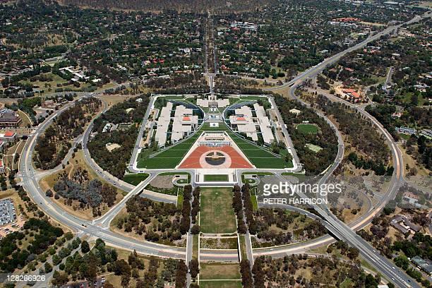 parliament house, canberra, australian capital territory, australia - canberra photos et images de collection