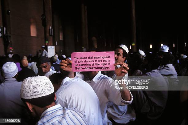Parliamentary and State Elections in Kashmir In India In September, 1996-Friday prayers at the Jamma Majid.