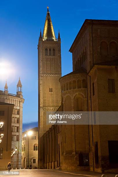 parma cathedral and baptistry on right, parma, emilia romagna, italy - peter adams stock pictures, royalty-free photos & images