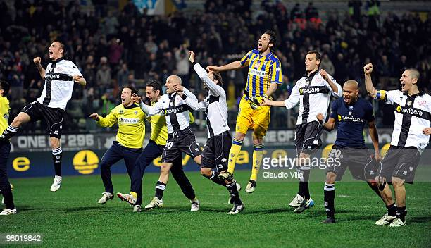 Parma FC players celebrate after the Serie A match between Parma FC and AC Milan at Stadio Ennio Tardini on March 24, 2010 in Parma, Italy.