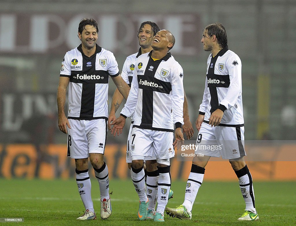 Parma FC players celebrate victory at the end the Serie A match between Parma FC and FC Internazionale Milano at Stadio Ennio Tardini on November 26, 2012 in Parma, Italy.
