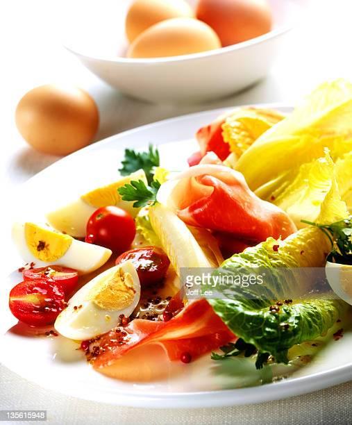 Parma ham, egg, tomato & lettuce salad