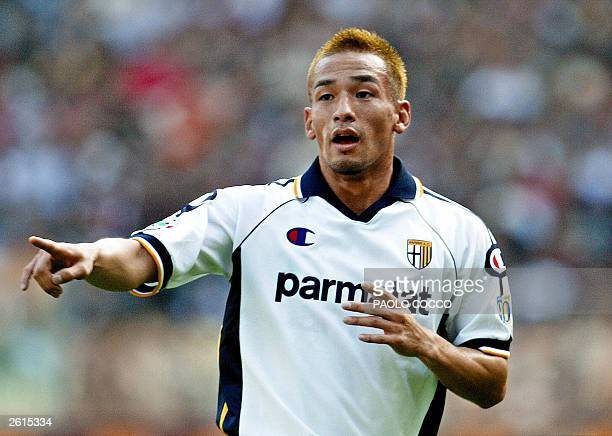 Parma's Japanese midfielder Hidetoshi Nakata gestures during his Serie A soccer match against AS Roma at Rome's Olympic stadium 19 October 2003 AFP...
