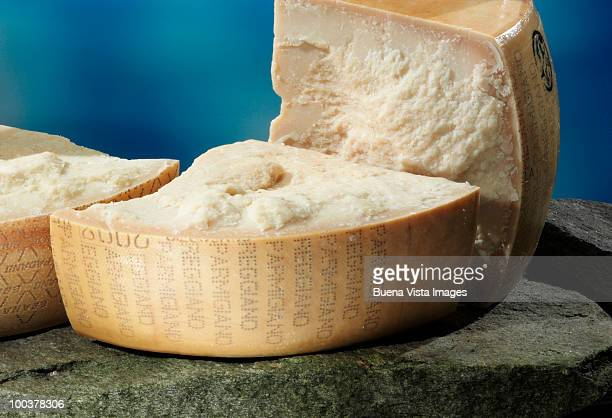 parmigiano reggiano cheese - parmesan cheese stock pictures, royalty-free photos & images